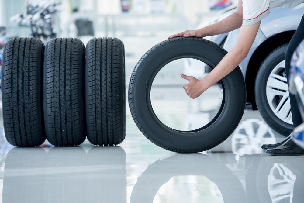 不要になったタイヤはどう処分する?捨て方のルールを知ろう | コスモ石油販売